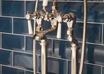 ormosa Showroom Bath Retro Tap and Shower Mixer
